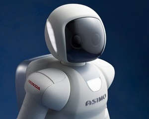 ASIMO (the robot) has learned some new amazing tricks