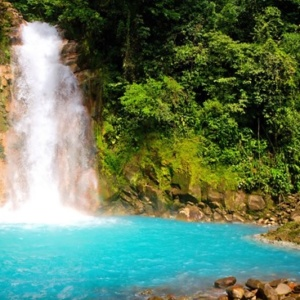 At the end of the Rio Celeste is a beautiful waterfall