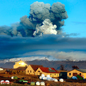 Infrared photo shows hot-air vortext arising from Bardarbunga volcano in Iceland