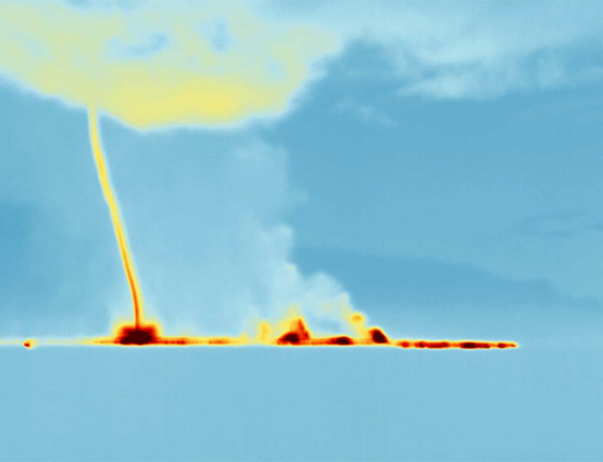 Hot-air vortex captured using infrared photography at Iceland's Bardarbunga volcano (2014)