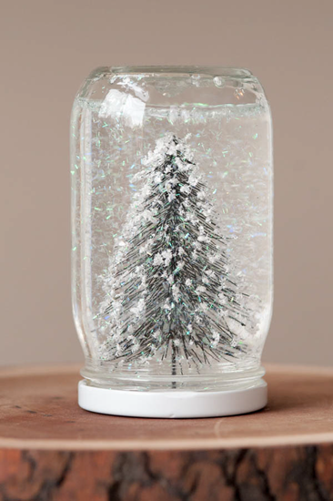 Cool homemade snowglobe made by The Sweetest Occasion