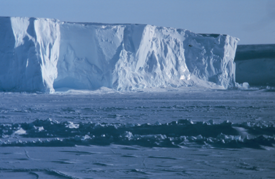 Giant sheet of ice in the Antarctic