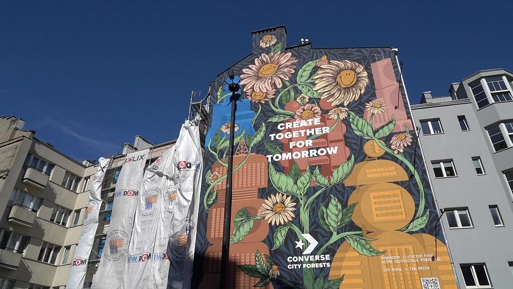 Photocatalytic paint mural in Warsaw close